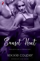 Sunset Heat  A Sexy  Beach Romance Novella  PDF
