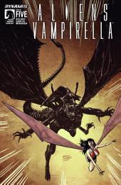 Aliens / Vampirella #5
