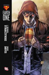 Superman: Earth One: Volume 1