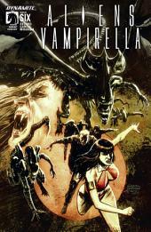 Aliens / Vampirella #6