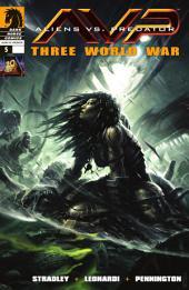 Aliens vs. Predator: Three World War #5