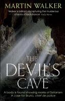 The Devil's Cave: A Bruno Courrèges Investigation 5