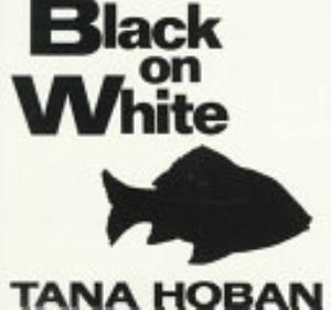 Book cover of 'Black on White' by Tana Hoban